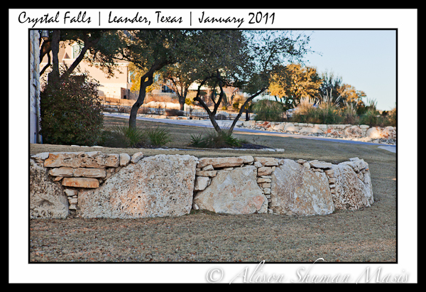 limestone retaining wall used in landscaping in Texas